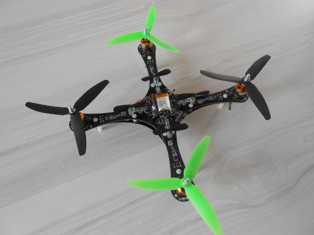 CF Brushless frame2.JPG